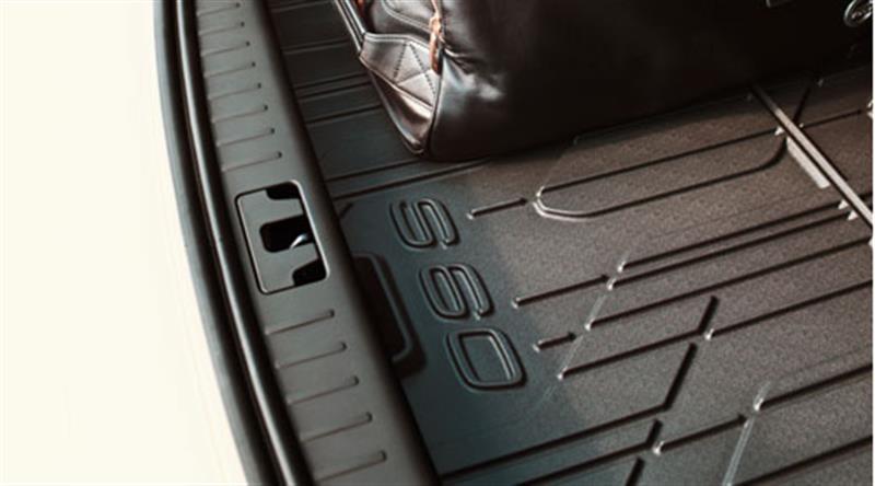 Kofferraummatte aus geformtem Kunststoff
