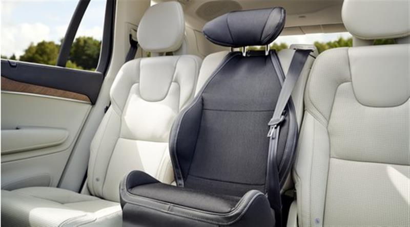 Komfortbezug für integrierten Kindersitz