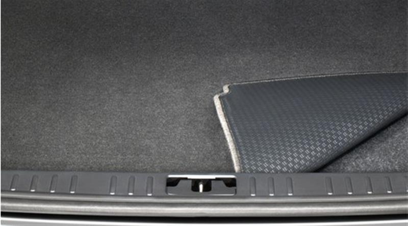 Wendbare Kofferraummatte aus Textil und Kunststoff