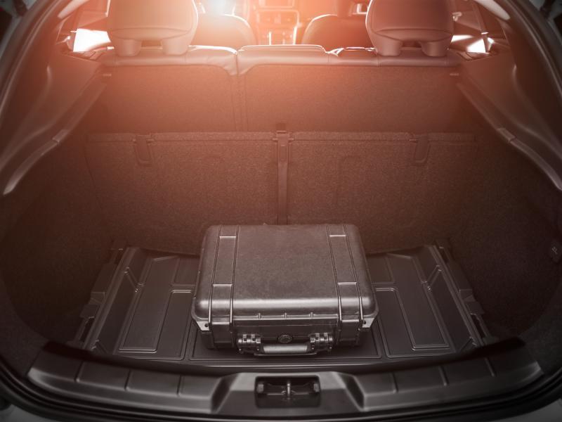 Doppelter Gepäckraumboden (variabel), V40